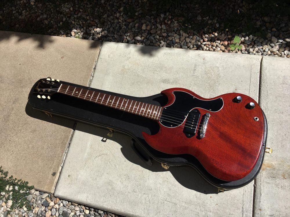 broken string guitars salida guitar shop we buy sell trade new vintage guitars 1964. Black Bedroom Furniture Sets. Home Design Ideas